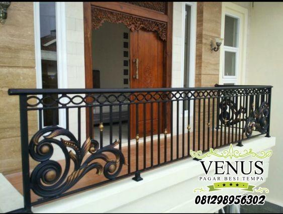 10 Desain Railing Balkon Besi Tempa Terbaik Railing Balkon Besi